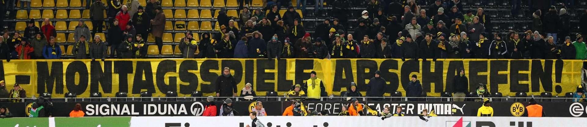 Platz 6 der besten Proteste gegen Montagsspiele: Karawane Cannstatt gegen Montagsspiele