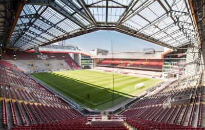Informationen zum/zur Fritz-Walter-Stadion