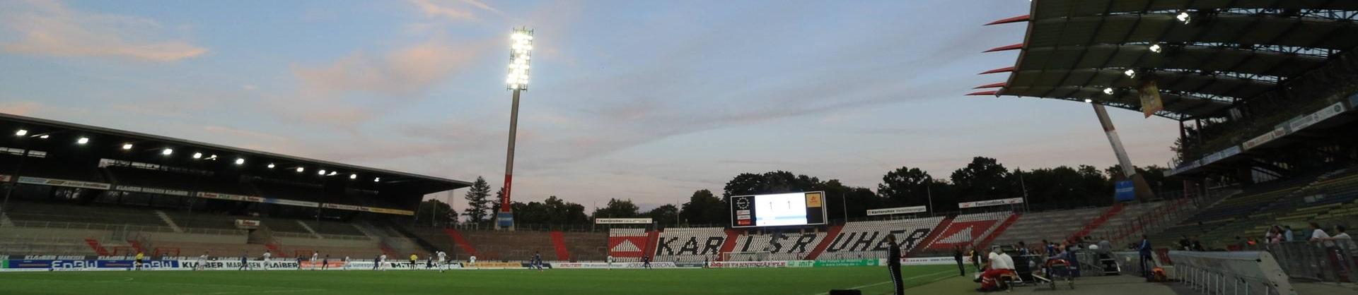Karlsruhe verabschiedet sich mit großer Pyro-Show vom Wildparkstadion