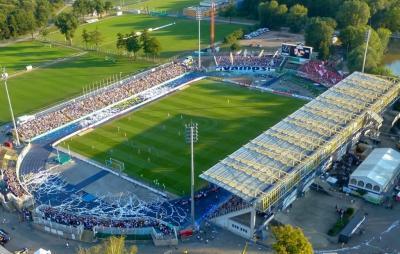 Informationen zum/zur Ernst-Abbe-Sportfeld